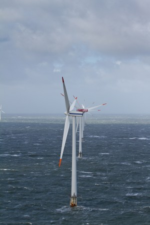 The key differences between onshore & offshore wind energy